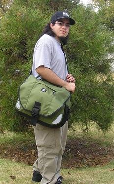 GearDiary The Spire 17? Mojo Laptop Bag & Atom Accessory Bag Review