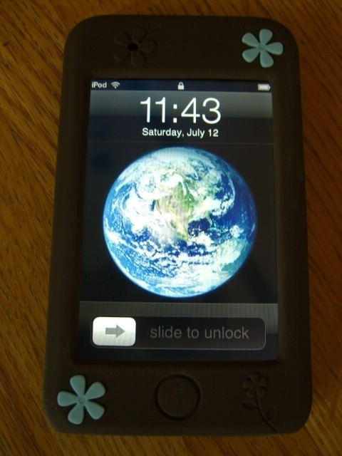 GearDiary Agent18 FlowerVest for iPod Touch Review