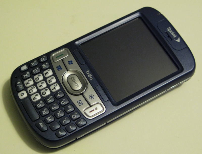 GearDiary The Sprint Palm Treo 800w WM6 Phone Review