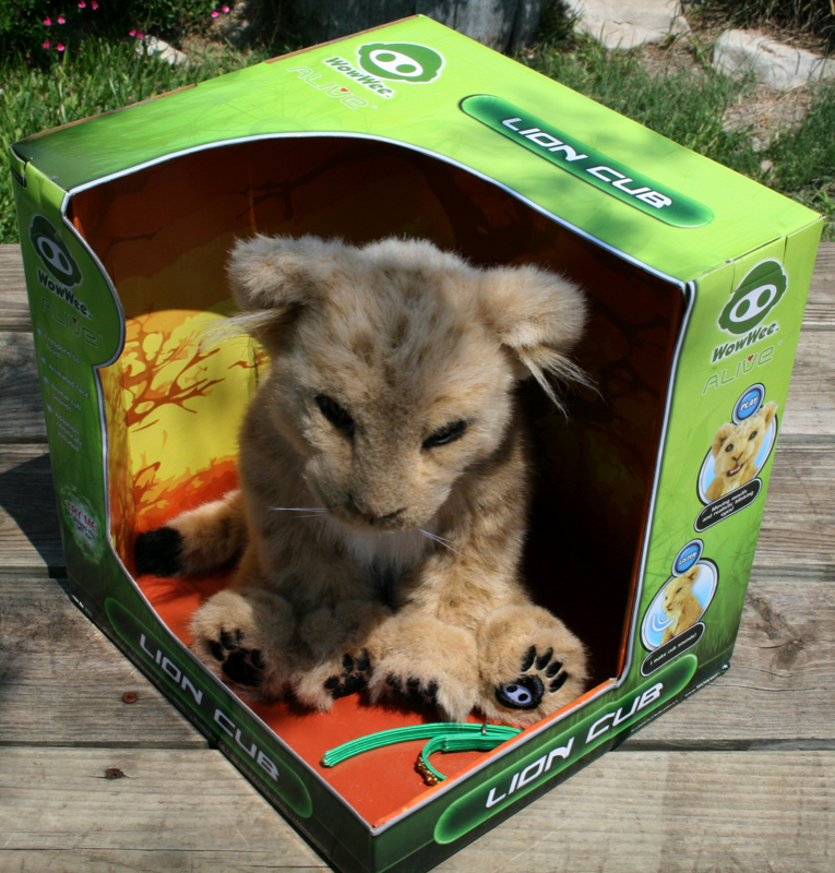 GearDiary The WowWee Alive Lion Cub Review