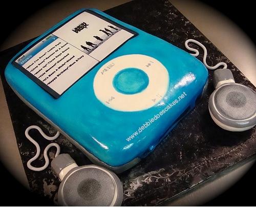 ipod nano cake.jpg