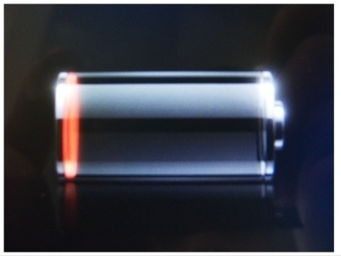 GearDiary External iPhone Batteries: Tekkeon myPower for iPhone and Konnet PowerKZ