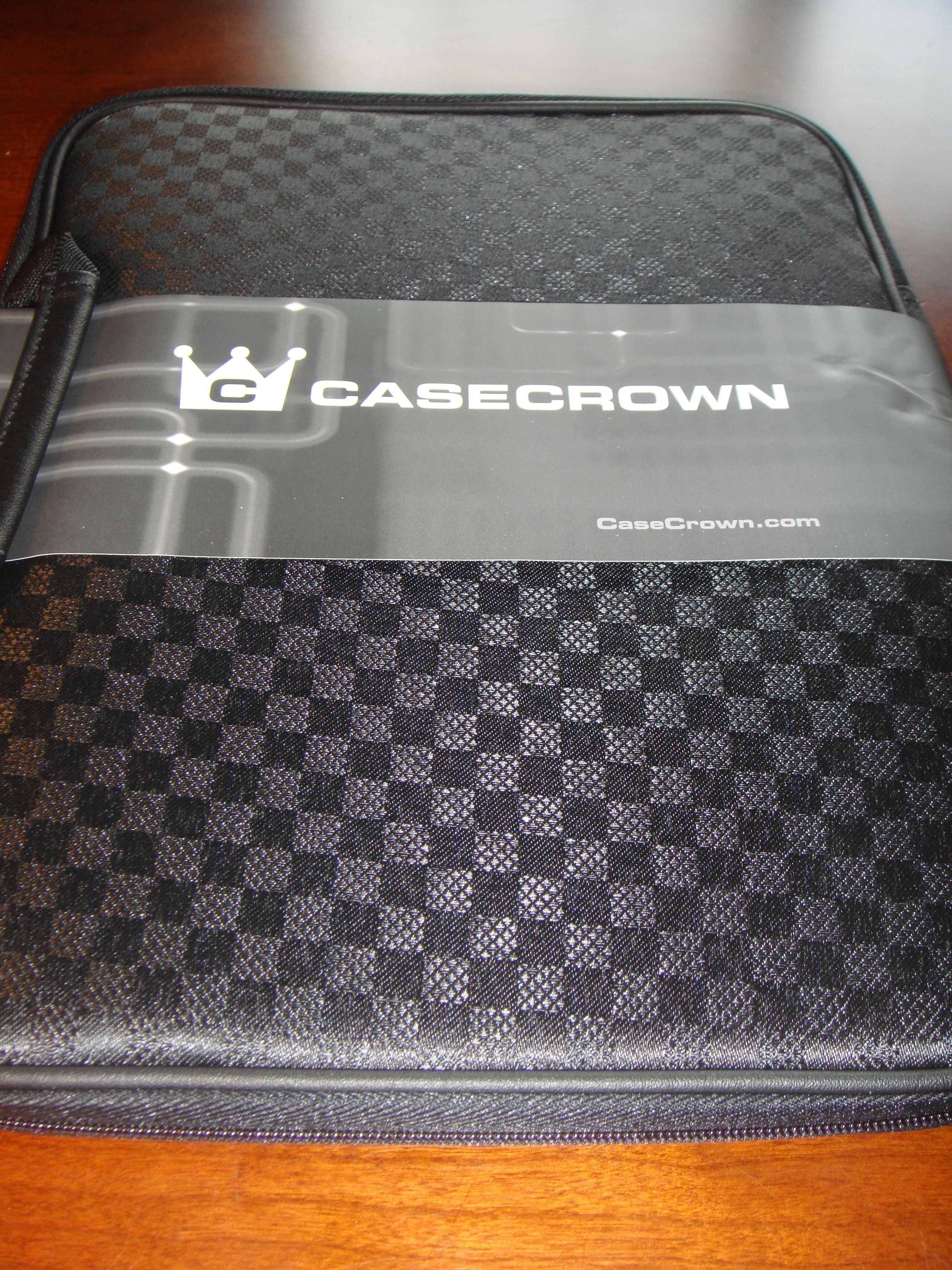 GearDiary Review:  CASECROWN Classic Slim Case - Checkered