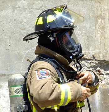 Firefighter s self contained breathing appratus scba how it s