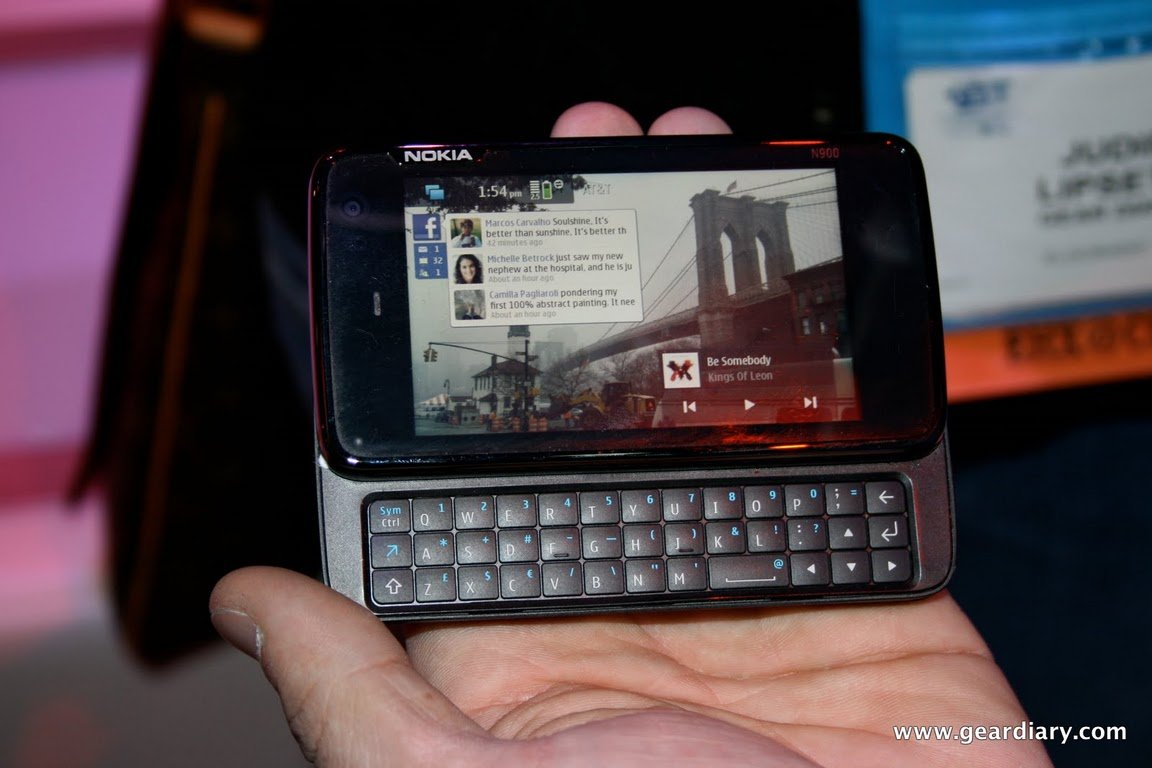 GearDiary Diving Into the Nokia N900