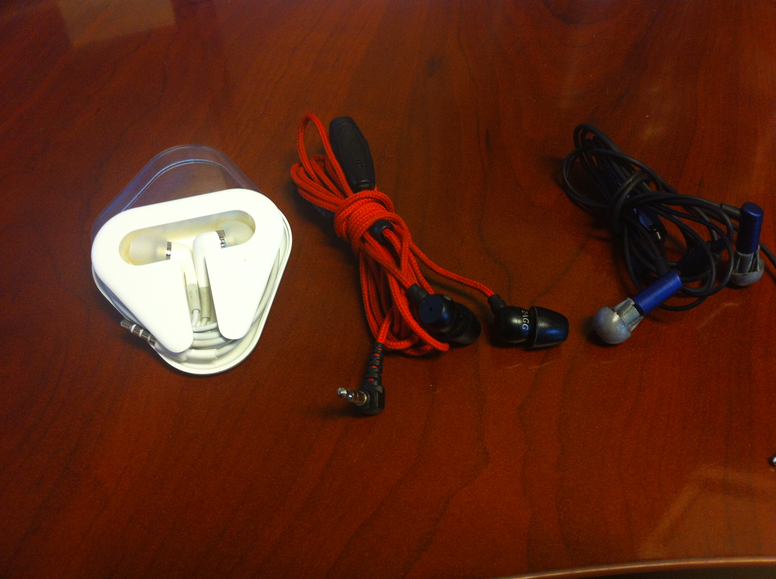 Travel Gear iPhone Gear Headphones