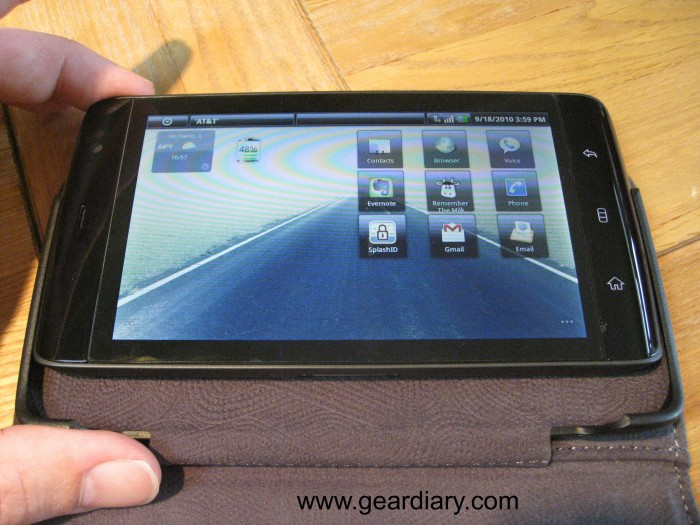 Dell Leather Streak Case inserting 2