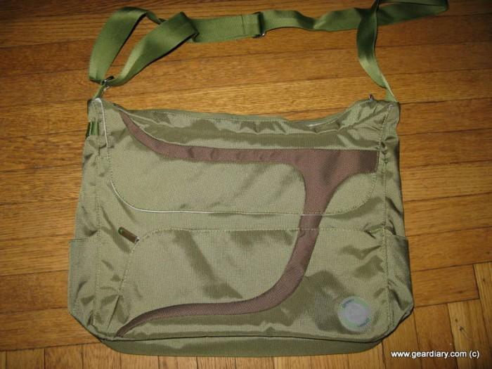 GearDiary GreenSmart Puku Messenger Bag Review