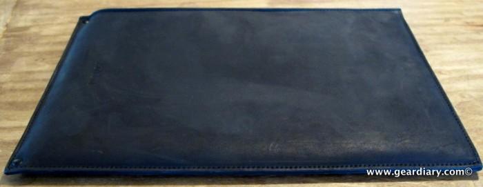 geardiary-macbook-air-autum-sleeve-4