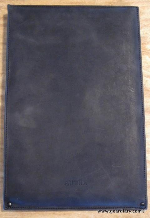 geardiary-macbook-air-autum-sleeve
