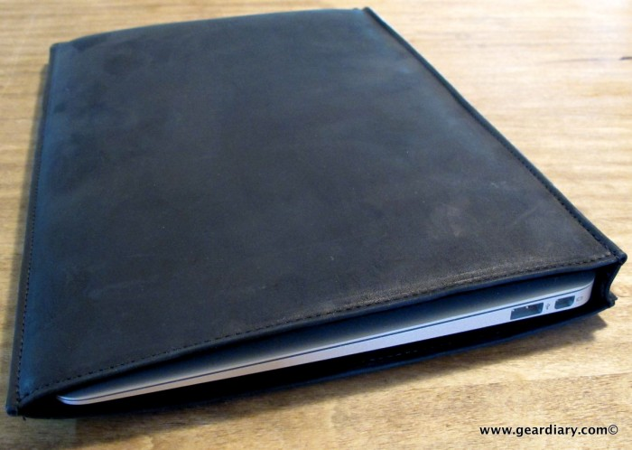 geardiary-macbook-air-autum-sleeve-6