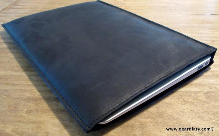 geardiary-macbook-air-autum-sleeve-7