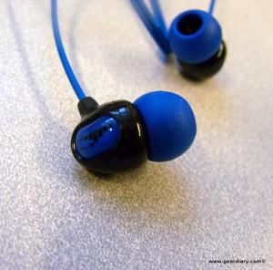 Review: H2OAudio's Surge 2G Headphones