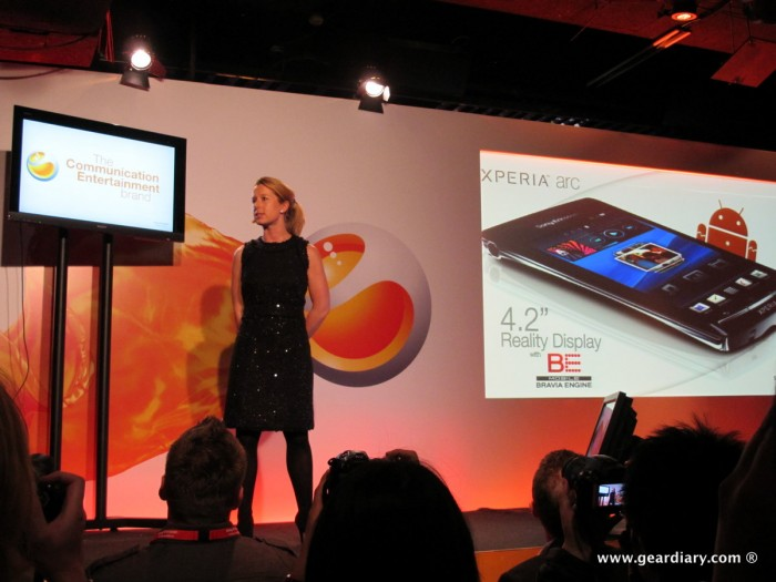 geardiary-chipchick-sony-ericsson-mobile-word-congree-pro-neo-play-5