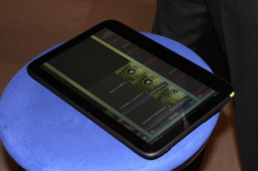 geardiary-intel-meego-appup-tablet-02
