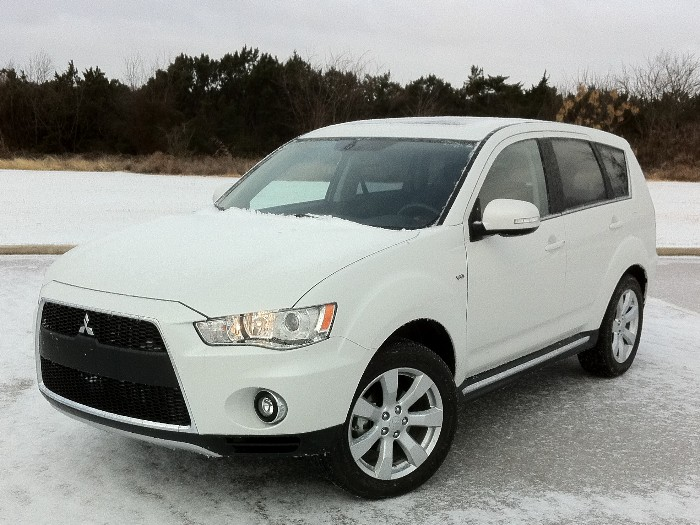 Review 2011 mitsubishi outlander gt the truth about cars auto design
