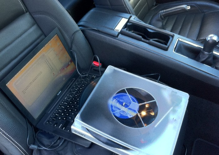 Long Playing Long Gone an In-Vehicle USB-powered Turntable