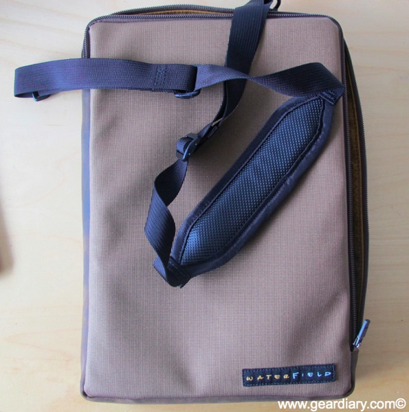 "GearDiary 11"" MacBook Air Accessory Review: Waterfield's MacBook Air Wallet"