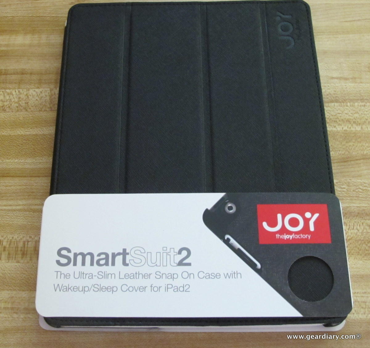 GearDiary iPad 2 Case Review: The Joy Factory's SmartSuit2