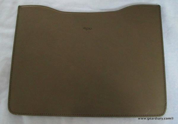 GearDiary iPad and iPad2 Accessory Review: Aligata Premium Leather Sleeve