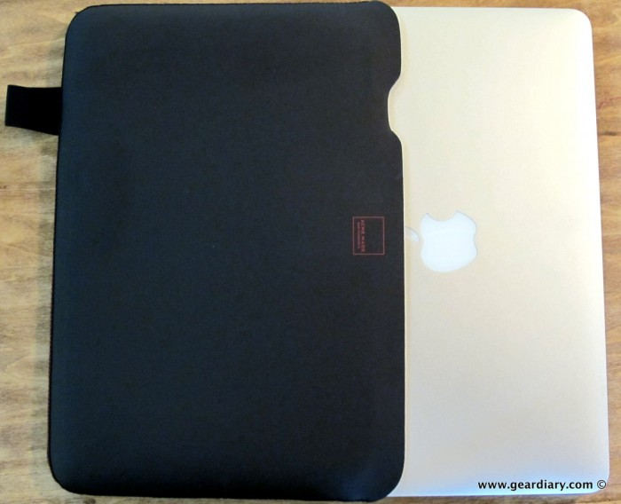 GearDiary Macbook Air Gear Review: ACME Made Skinny Sleeve Stretch Shell
