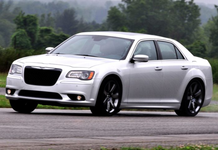 GearDiary 2012 Chrysler 300 SRT8 Delivers The Goods