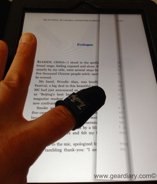 GearDiary Using a Touchscreen Device in the Cold? Thumbs Dogs Are for You!