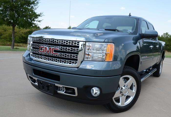 GearDiary GMC Sierra 2500 HD Denali Blends Denim and Diamonds With Leather and Lace