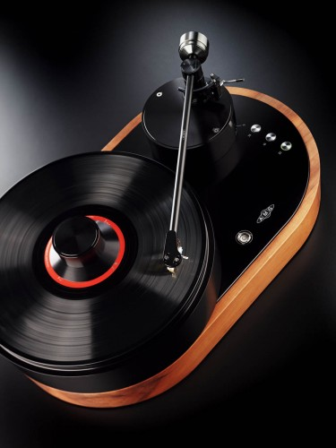 AMG Viella 12 Redefines the Classic Turntable