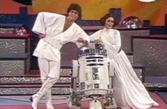 GearDiary May the 4th Be With You as Donny & Marie Do Star Wars!