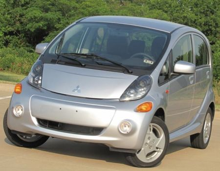 GearDiary Plugging Into the 2012 Mitsubishi i-MiEV