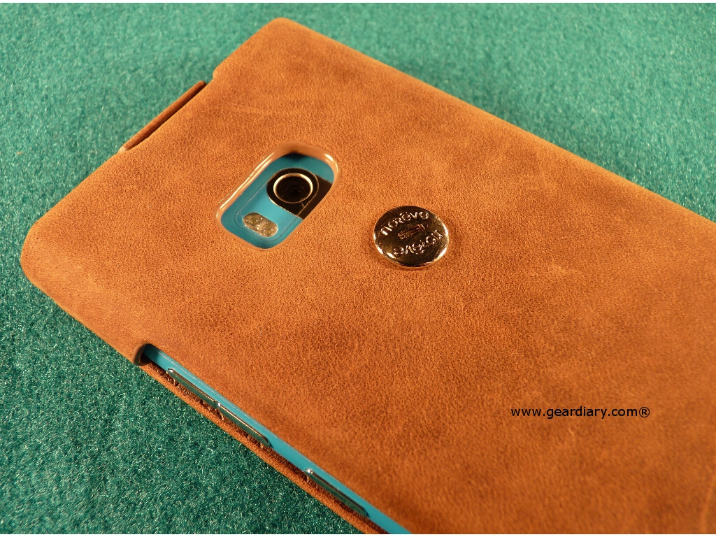 GearDiary Noreve Saint-Tropez Leather Case for Lumia 900 Review