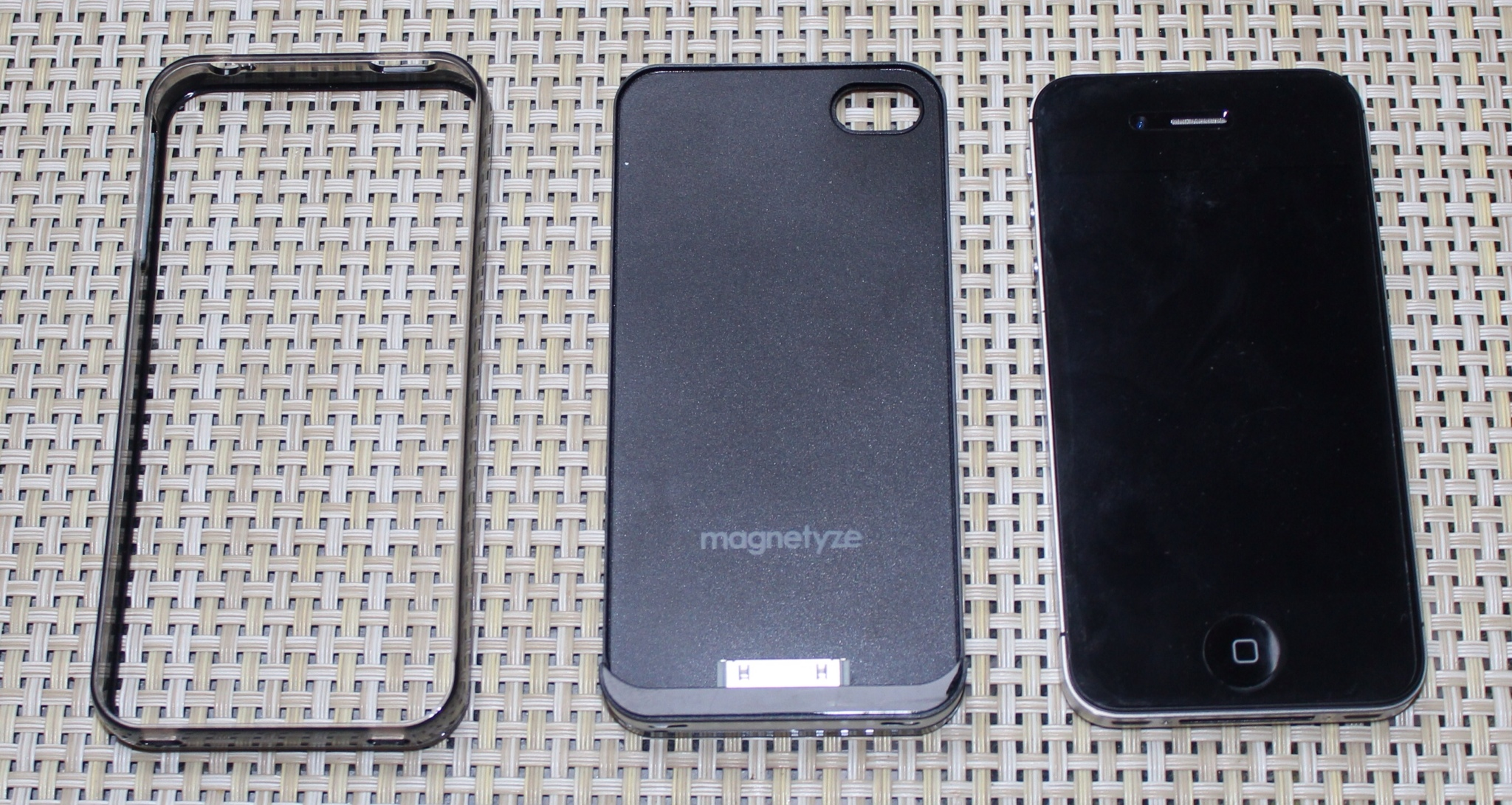 Magnetyze System for iPhone 4S Review