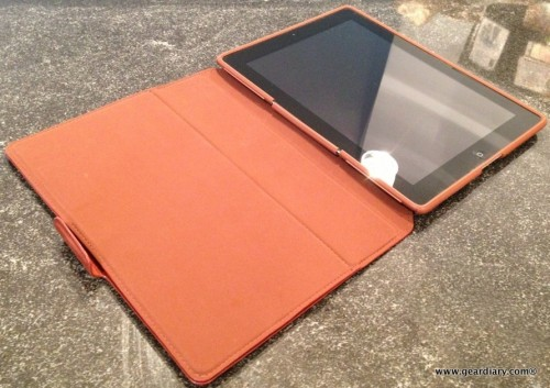 2-geardiary-speck-wanderfolio-luxe-for-ipad-001