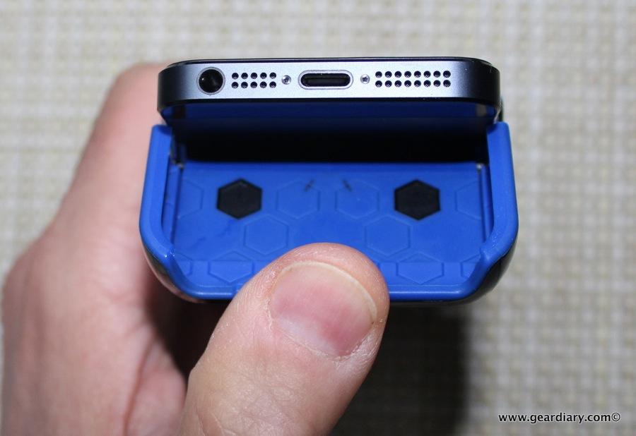 Gear Diary Incipio iPhone 5 Stash 31