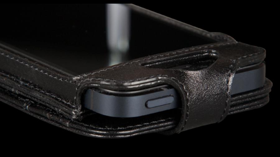 Sena Wallet Skin for iPhone 5