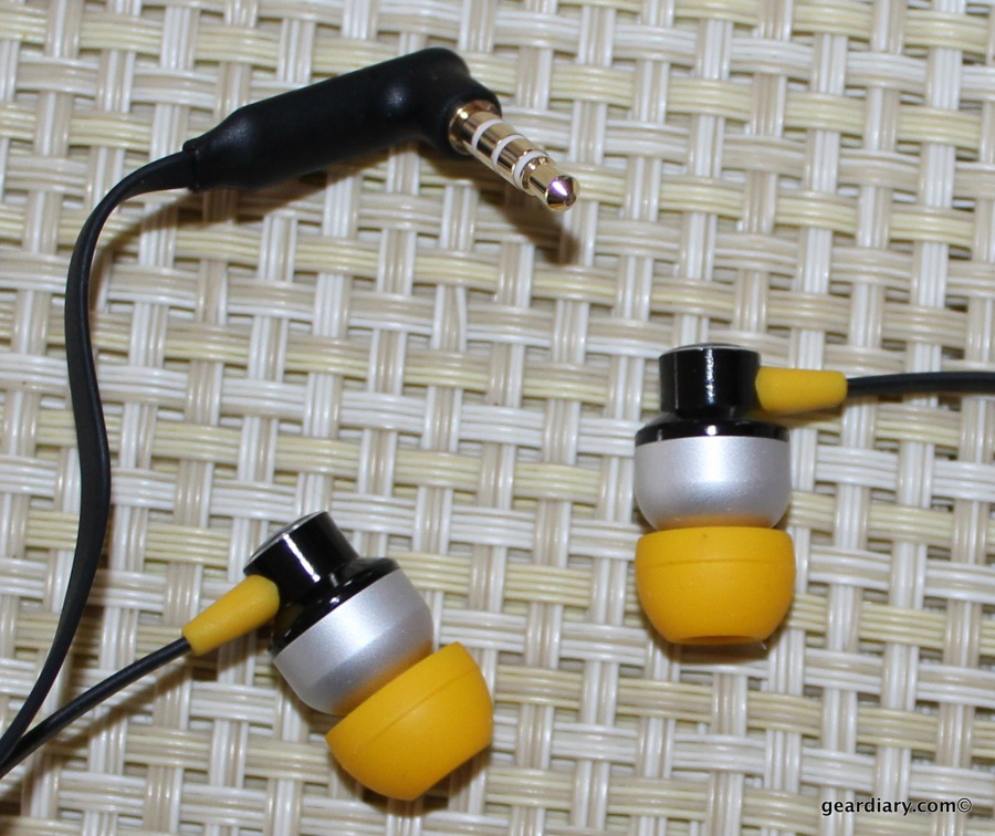 GearDiary Zagg ZR-SIX Earbuds Review - Promising Awesome Sound for Under $60