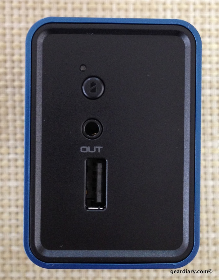 GearDiary Braven 570 Charges Your Smartphone and Ears On the Go