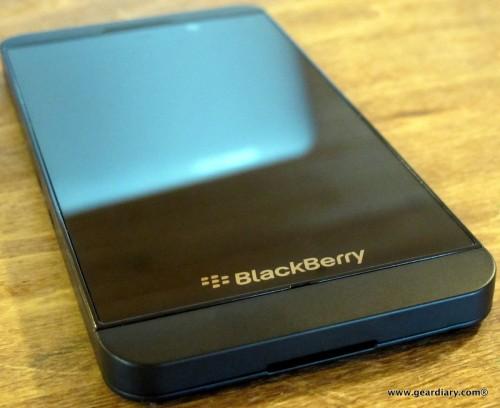 11-geardiary-blackberry-z10-smartphone-010