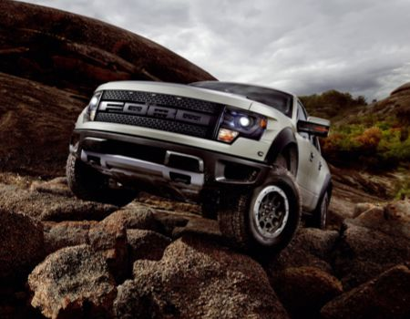 GearDiary Ford F-150 SVT Raptor Finally Earns 'Thumbs Up' UPDATED