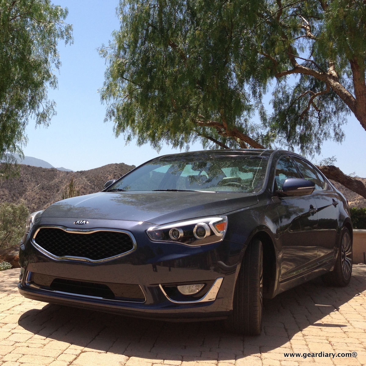 Travel Gear Sedans Kia Cars Apple TV