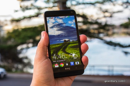GearDiary HTC ONE: A Review from Two Continents
