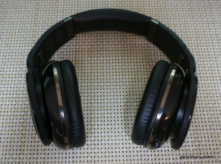 Scosche RH1060 Bluetooth Headphones