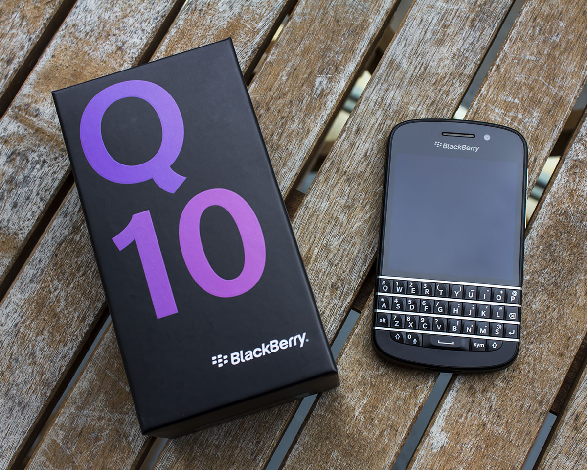 BlackBerry Q10 Review – The Return of the QWERTY King