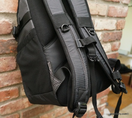 Tenba Discovery Photo Tablet Daypack 036