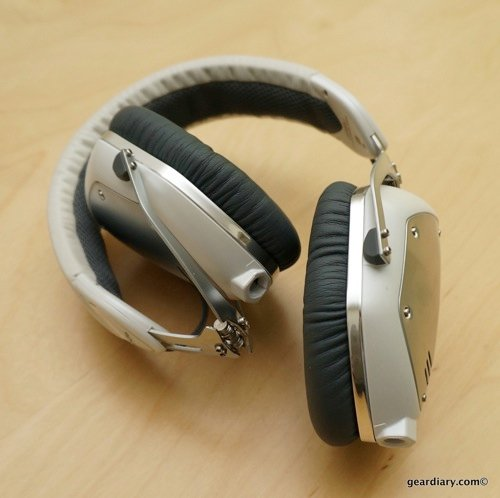 GearDiary V-MODA Crossfade M-100 Headphone Review - Dress Up Your Tunes