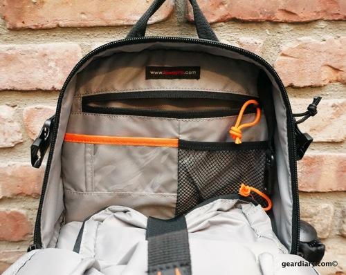 Lowepro DSLR Video Fastpack 150 AW 04 002