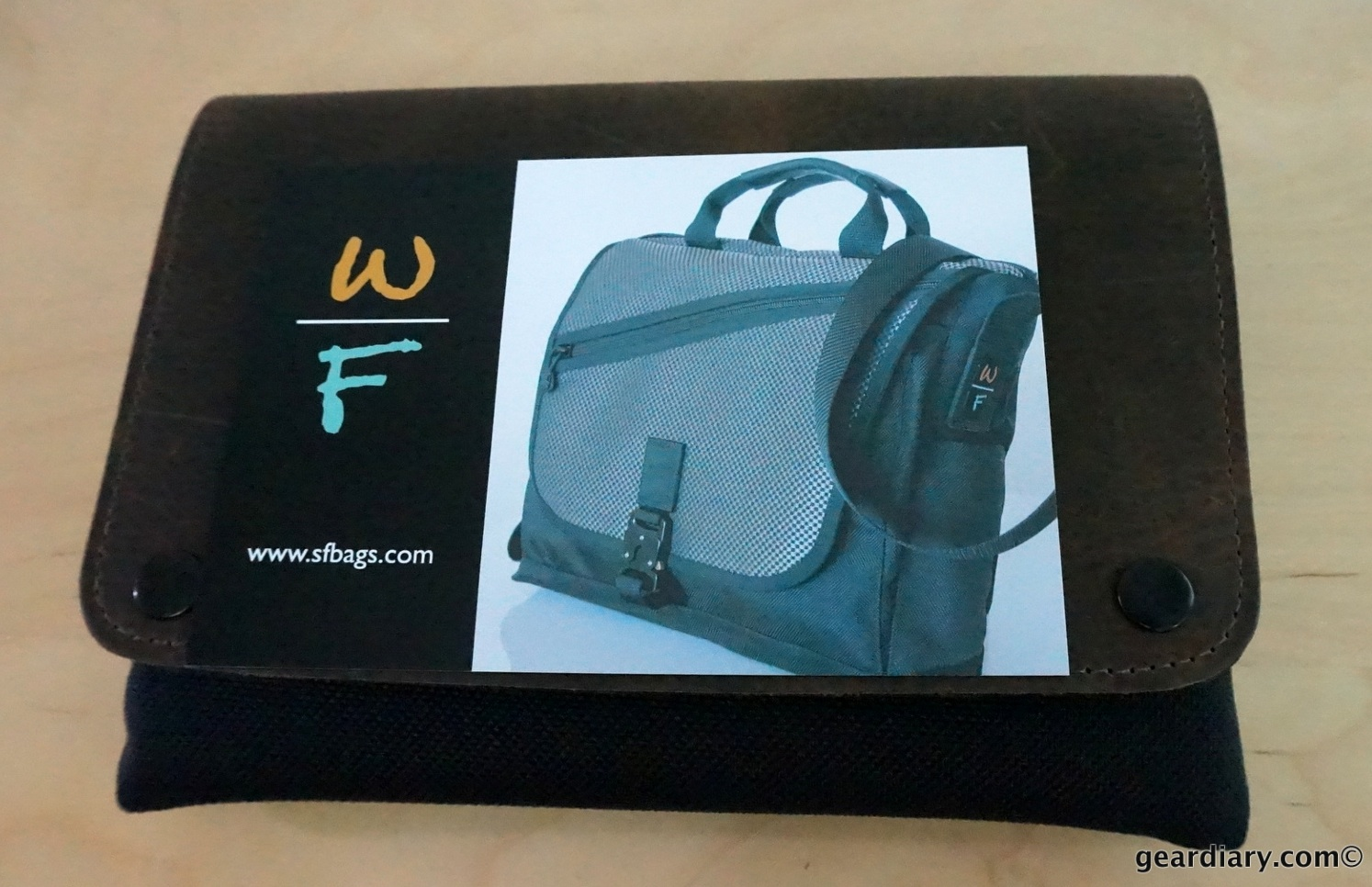 GearDiary Waterfield CitySlicker Tablet Case Review - Protect Your 2013 Nexus 7 In Style