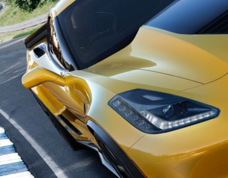 Chevy Launches New Rocket in Detroit, Calls It 2015 Corvette Z06