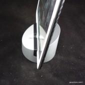Henge Dock Gravitas Lightning Is an Award Winner for Good Reason